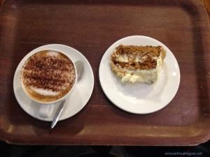 rsc-cappuccino-and-cake