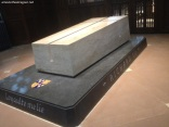 Richard III grave inside the cathedral 4